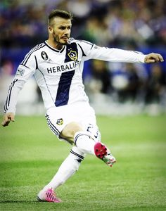 David Beckham looking good (and scoring a free kick!) in his new Adidas Predator Lethal Zones.