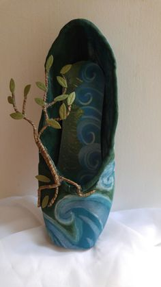 The Created 2018 Trees/Oceans decorative pointe shoe