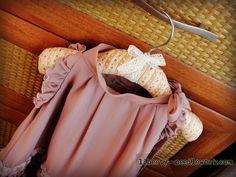 Liberty needlework.: Новая жизнь старой вешалки / New life of old hangers