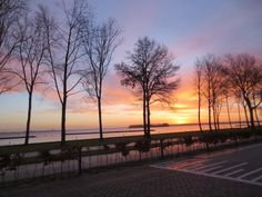 Almost every day a picture around 8 AM on our way to school: Februari 12 2014 picture taken 08:02