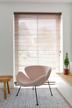Nordic Home, Nordic Interior, Interior Design, Home Design, Design Ideas, Living Room Windows, Living Room Tv, Home And Living, Floating Chair