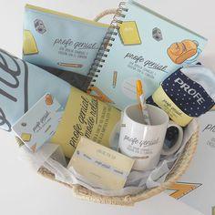Un pack completísimo en cesta para regalar a una profesora en fin de curso