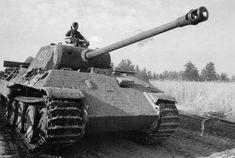 Mg 34, Germany Ww2, Military Armor, Armored Fighting Vehicle, Harbin, Ww2 Tanks, World Of Tanks, Battle Tank, Historia