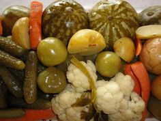 My Favorite Food, Favorite Recipes, Pickling Cucumbers, Romanian Food, Russian Recipes, Canning Recipes, Pickles, Cookie Recipes, Food To Make
