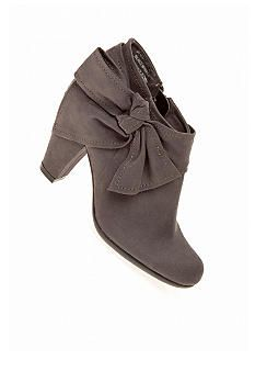 Love these! Would be perfect with a dress and tights!