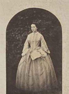 D'APRÈS CHARLES HUGO (1826-1871) ou D'APRÈS AUGUSTE VACQUERIE (1819-1895)  Adèle Hugo jeune femme, vers 1856