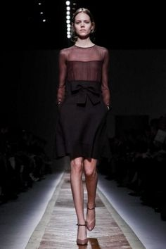 Valentino Ready To Wear Fall Winter 2011