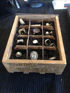 Egg crate Ring Display, black wild rice