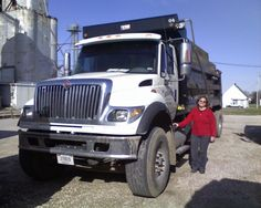 "Overworked Dump Truck Woman Driver says ""F–k this!"" to 16 hr days and now generates income from the internet."