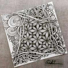 Zentangle 052816. #zentangle #zendoodle #doodle #doodleart #drawing #draw #art #artwork #sketch #sketchbook #blackandwhite #feba #zentangleart #tangle #zenart #learnzentangle #zentangleinspiration #hearttangles