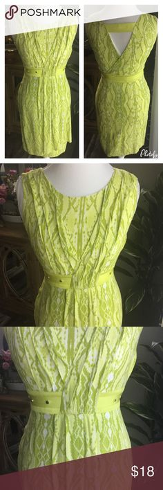 🍋Beautiful Lime 🍋 Dress 🍋 Details, pleats, studs, snake like print and cut out back. This pretty lime green dress is stunning! Lined, size 4. Bust is    , length is      . Dresses