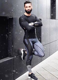 Beard and leggings...hot!