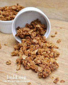 Brown sugar, honey, canola oil, oats, cinnamon and salt all come together for the perfect HOMEMADE GRANOLA
