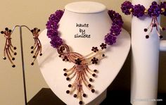 Chunky purple statement 20 inches neck length (  length can be customized, leave  note at checkout) matching bracelet and earrings included