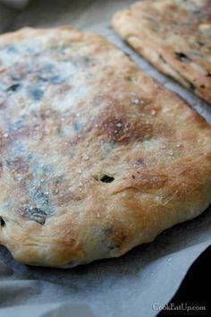 zaatar ψωμί από την παλαιστίνη Best Bread Recipe, My Best Recipe, Macedonian Food, Tasty Videos, Greek Cooking, Arabic Food, Greek Recipes, Baking Recipes, Baking Breads