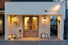 Angelionのデザイン作品情報です。手掛けた会社情報と併せて見てください! Cafe Shop Design, Shop Front Design, Store Design, House Design, Small Space Interior Design, Cafe Interior Design, Facade Design, Exterior Design, Cafe Exterior