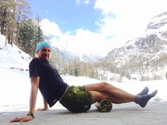 Slawomir Matras does foam rolling with BLACKROLL and view of Matterhorn one day before Patruille des Galciers 2014!