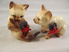 Vintage Enesco Siamese Cats for Christmas 1987.