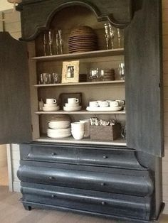 Graphite and French Linen...Chalk Paint® by Annie Sloan