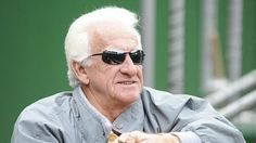 Bob Uecker statue to come to MKE!
