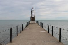 Lighthouse at Loyola Beach, Chicago - Annette Gendler