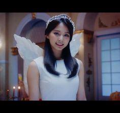 Twitter Tzuyu Twice, Snsd, Nayeon, Girl Group, Crown, Celebrities, Jewelry, Tiffany, Kpop