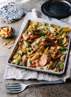 The fragrant aniseed flavour from the fennel and citrusy orange cuts through the rich salmon for a super easy but impressive one-pan dinner.