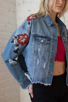 a9c9d7cc0572f 27 Women Denim Jacket To Add To Your Wardrobe