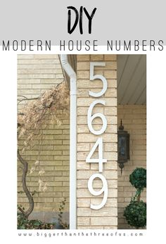 DIY House Numbers out of Plywood for Cheap! DIY Modern House Numbers for FREE (or super cheap)! Cheap Home Decor, Diy Home Decor, Large House Numbers, Plywood House, House Front, Front Porch, Garage House, Tropical Decor, Architecture