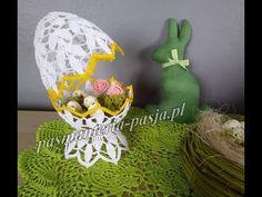 Jajo łupinkowe Nr 2 - 15 cm jajko/pisanka szydełko - YouTube Crochet Placemats, Crochet Doilies, Easter Crochet, Crochet Crafts, Filet Crochet, Beaded Flowers, Easter Baskets, Easter Crafts, Happy Easter