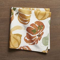 Crate & Barrel Fall Harvest Cloth Dinner Napkin ($7.16) ❤ liked on Polyvore featuring home, kitchen & dining, table linens, fall napkins, cloth napkins, cloth table napkins, dinner napkins and cloth dinner napkins