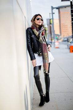 Pam Hetlinger dares to wear leather on leather in a badass leggings and jacket combo. Jacket: Moto, Top: Shopbop, Booties/Leggings: Nordstrom. great scarf