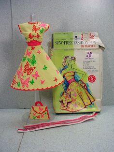 Mattel Barbie Sew Free Fashion, Patio Party, Complete, 1965