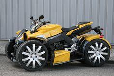 Wazuma R1 by Lazareth | 36 of 50 | Yamaha R1 engine | 185 hp & 385 kg | Street legal |  France