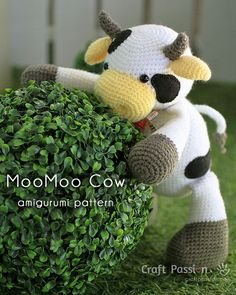 Get free cow amigurumi pattern, MooMoo Cow, crochet from a medium weight acrylic…