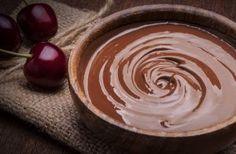 Így készül a tökéletes csokiganache, recept