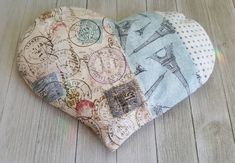 Dried Lavender Flowers, Lavender Sachets, Sewing Hacks, Sewing Crafts, Sewing Projects, Cotton Quilting Fabric, Applique Quilts, Fabric Art, Shabby Chic Embellishments