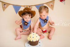 I AM ONE Cake Smash, Boy cake smash ideas, Kent Photographer, Sarah Hart Photography