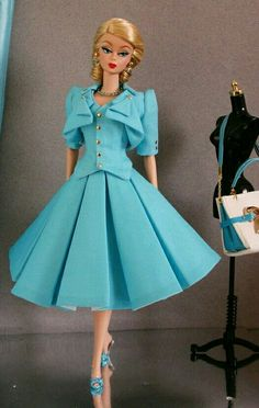 Pretty Silkstone BArbie in Blue beauriful Dress