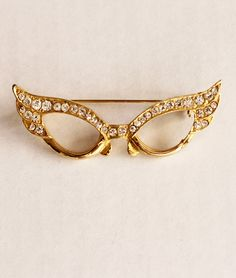 1950s Cat Eye Glasses Pin. via Etsy.