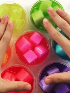 Rainbow Jelly Cube mucus - Easy Crafts for All Slimy Slime, Borax Slime, Slime Asmr, Jelly Slime, Edible Slime, Diy Crafts Slime, Slime Craft, Easy Crafts, Rainbow Slime