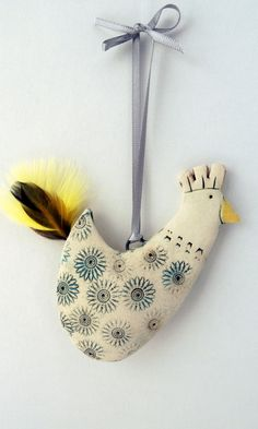 Delightful Hang Up  Hen by ShirleyVauvelle on Etsy