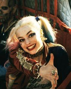 Harley Quinn nice to meet ya Arlequina Margot Robbie, Margo Robbie, Margot Robbie Harley Quinn, Harley Quinn Comic, Harley Quinn Cosplay, Joker And Harley Quinn, Joker Joker, Nightwing, Batgirl