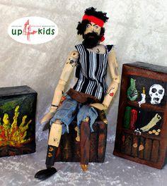Ritter - Pirat Schwarzbart Holzpuppe 1:6 30cm Gelenkpuppe - ein Designerstück von up4kids bei DaWanda