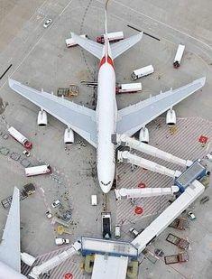 Emirates Airline, Emirates A380, International Civil Aviation Organization, International Airport, Airport Design, Airplane Photography, Passenger Aircraft, Airbus A380, Aviation Industry