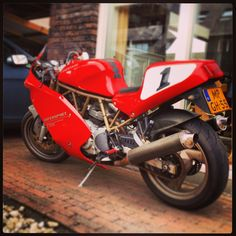 Ducati 750SS.