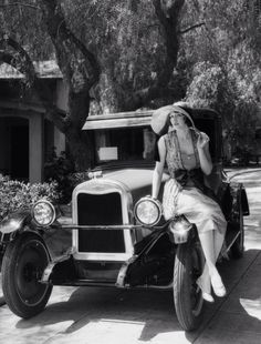 Betty Boyd with a 1926 Chevrolet. Photo by Dick Wittington.