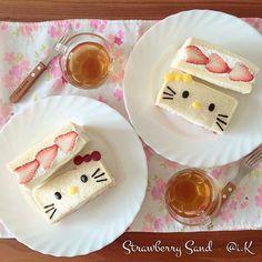 Hello Kitty strawberry & cream sandwiches by @i.K ◡̈*✧ (@aibondsmile_88)