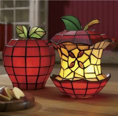 Stained Glass Apple Lamps #DIYmarketing #OfficeSpace