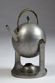 View this item and discover similar for sale at - Teapot in pewter, anonymous for Svenskt Tenn, Sweden. Teapot Design, Teapots And Cups, Chocolate Pots, Pewter, Tea Time, Tea Party, Tea Cups, Antiques, Kettles